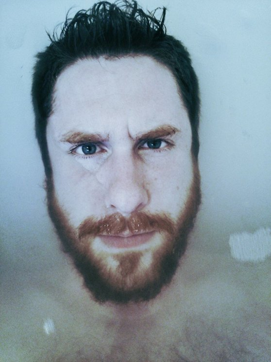 Bathtime is my favourite time. I take a photo to celebrate (and to spread beard-love)