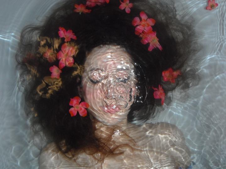 underwater-807654_1920