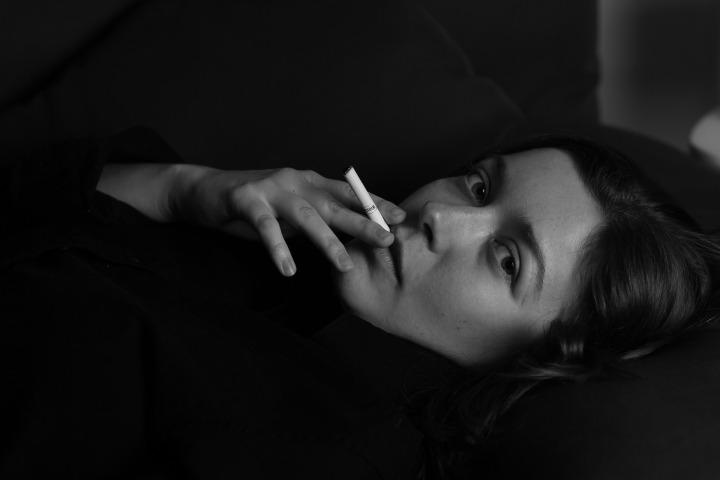 woman-1950300_1920