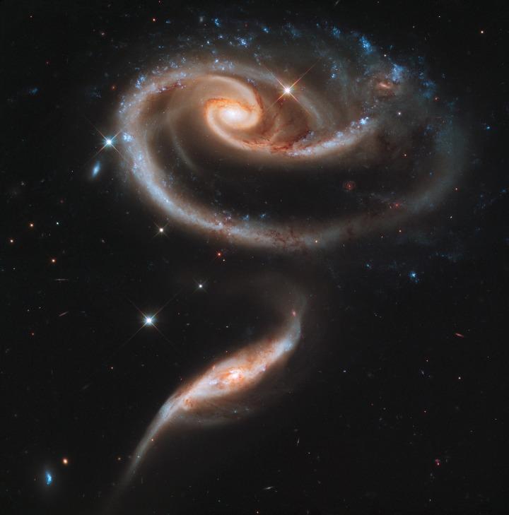 galaxies-597905_1920