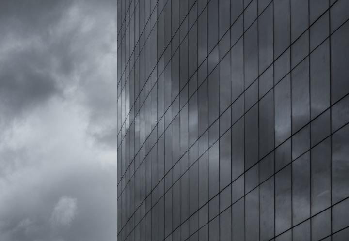 building-926611_1920