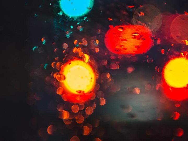 light-933712_1920