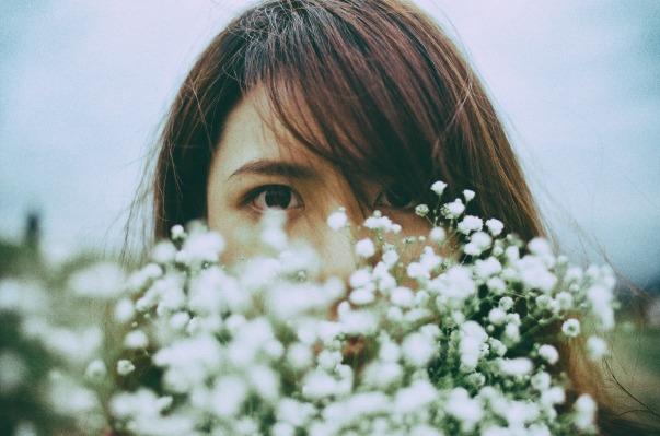 flower-2593507_1920