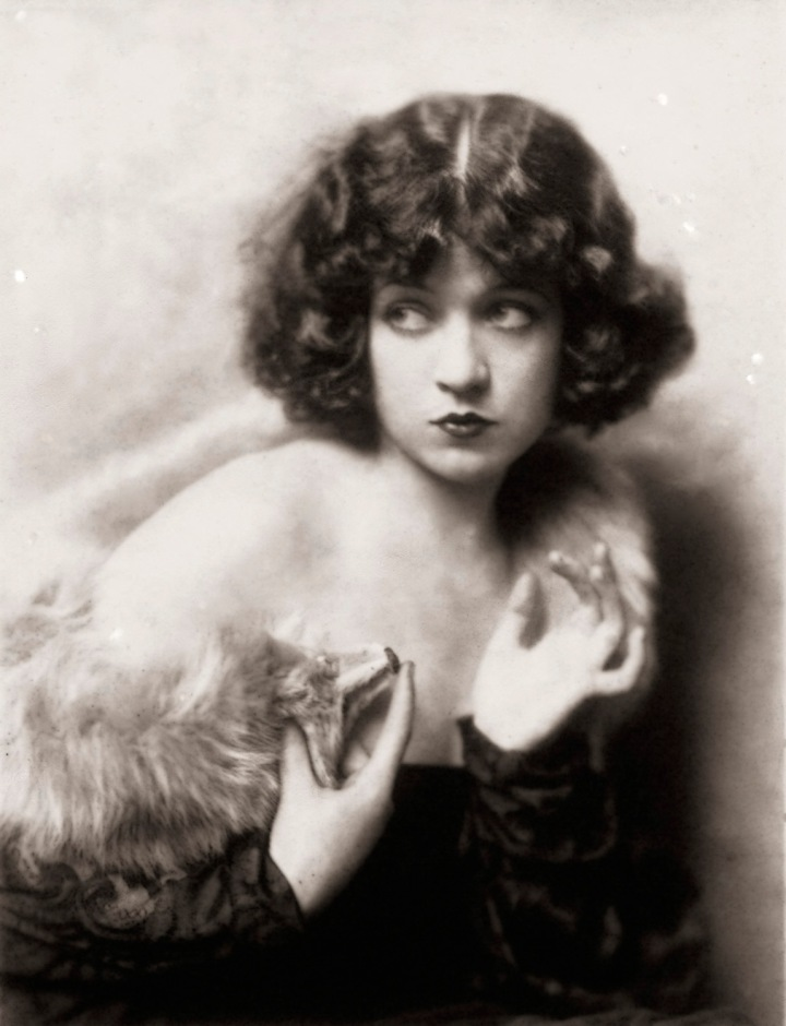 Ziegfeld Model - Non-Risque - by Alfred Cheney Johnston
