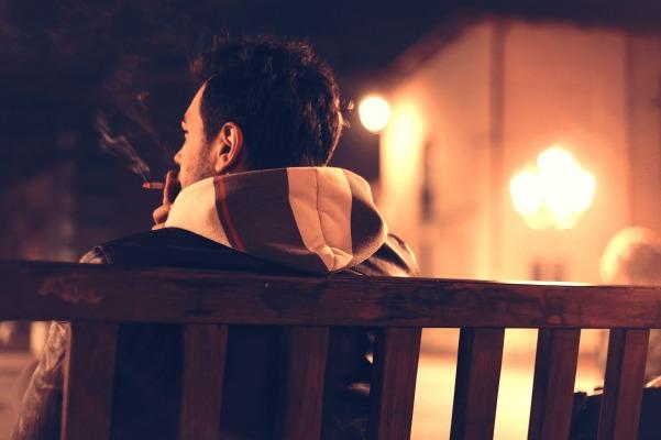 cigarette-407238_1920
