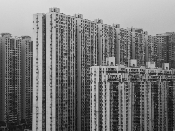 condominium-1149195_1920